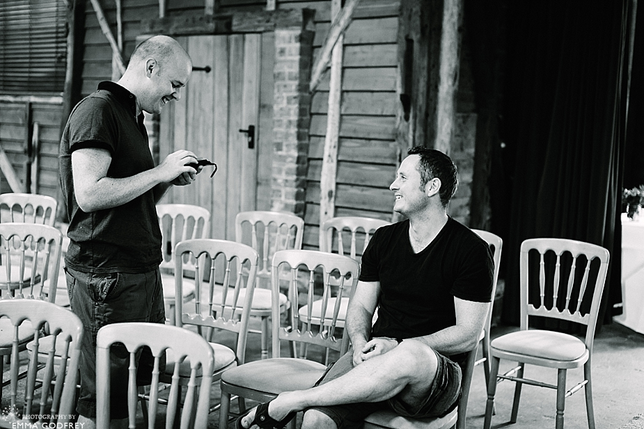 DIY-barn-wedding-England_0002.jpg