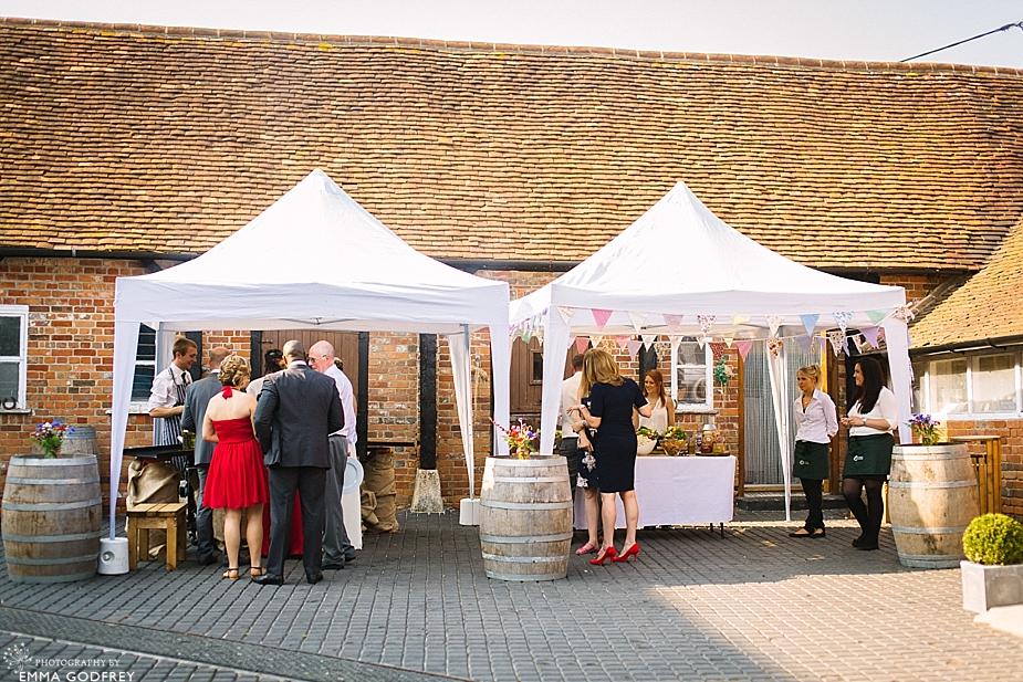 DIY-barn-wedding-England_0037.jpg
