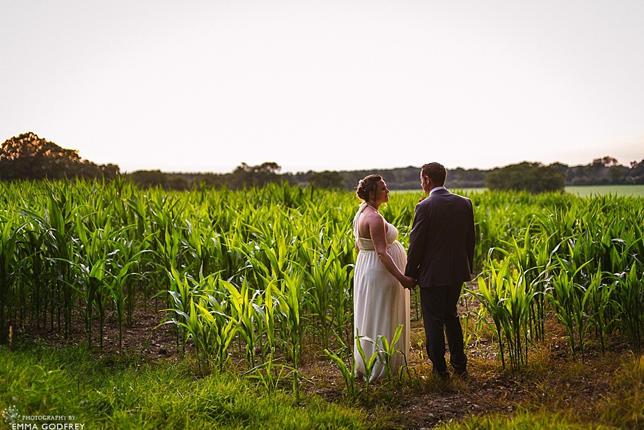 DIY-barn-wedding-England_0047.jpg