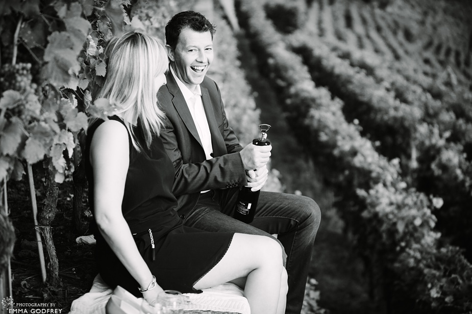 pre-wedding-photo-shoot-vineyard_0009.jpg