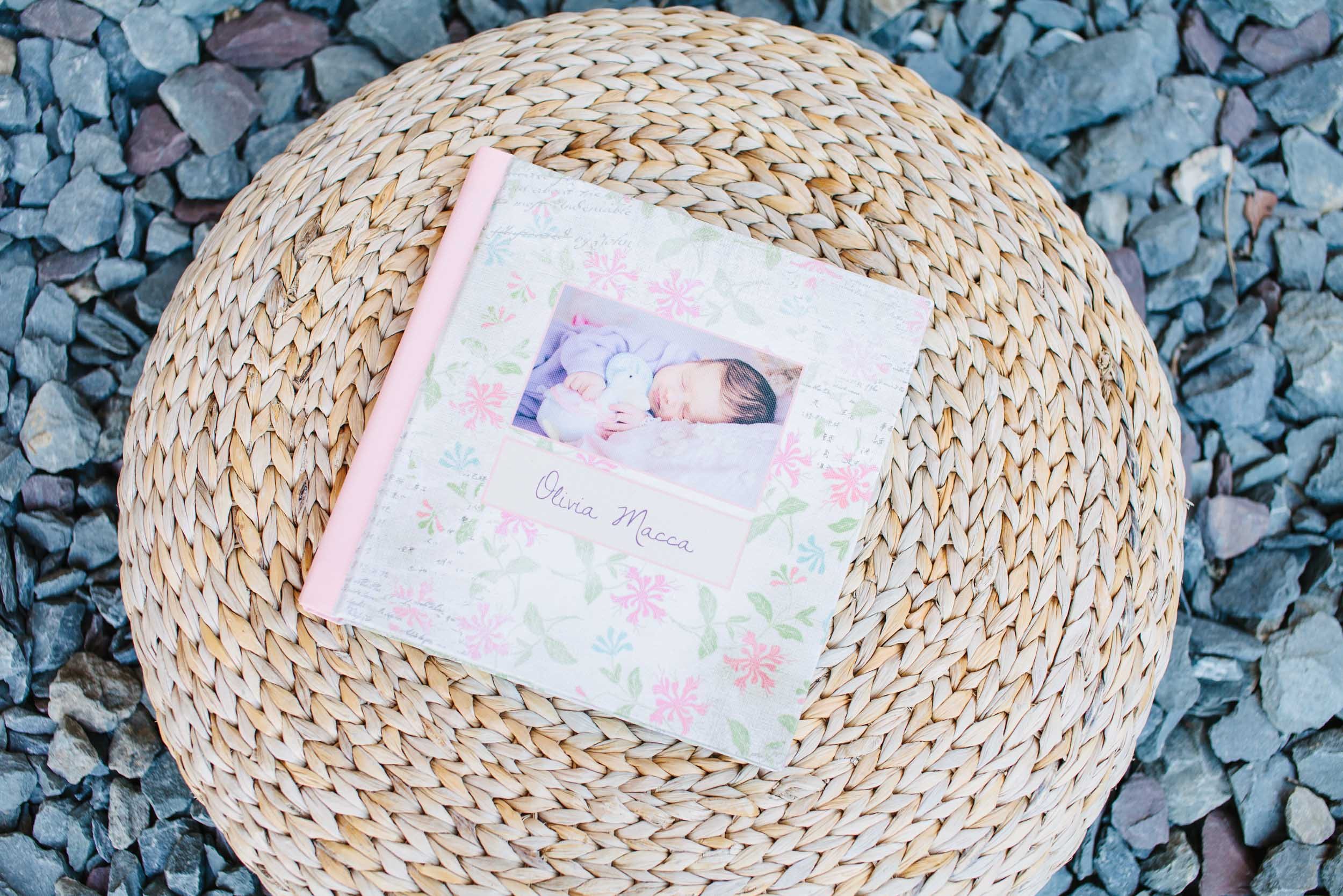 Portrait albums - Find out more about portrait albums and browse the galleries of different album styles and designs.