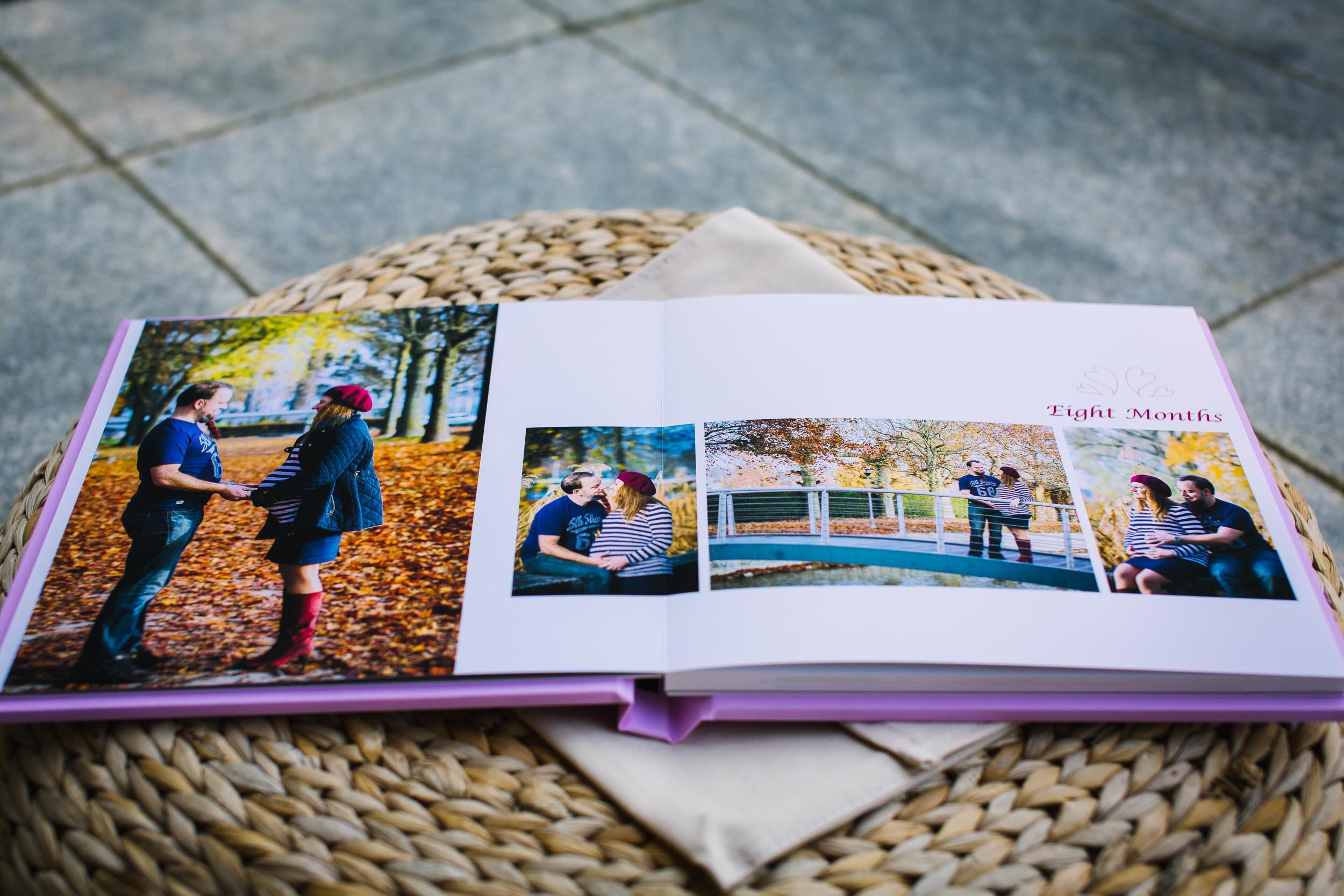 Albums de portrait - Parcourez les galeries des albums et découvrez comment commander votre album de la première année de votre bébé.