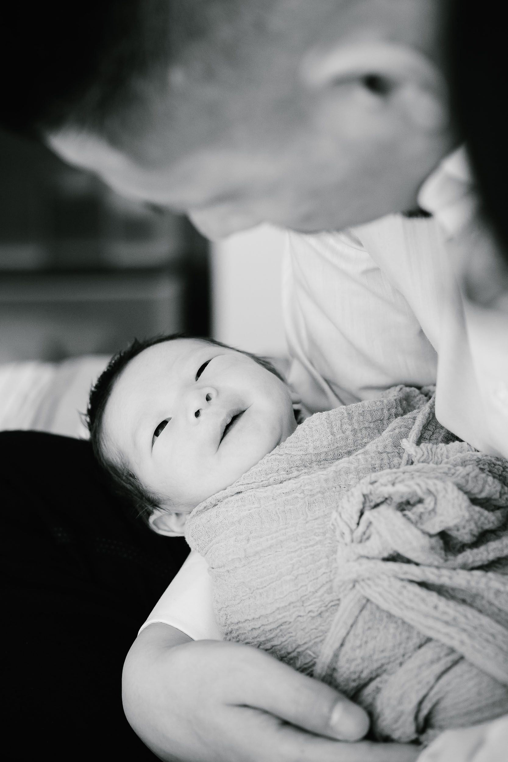 Real moments newborn photography 09