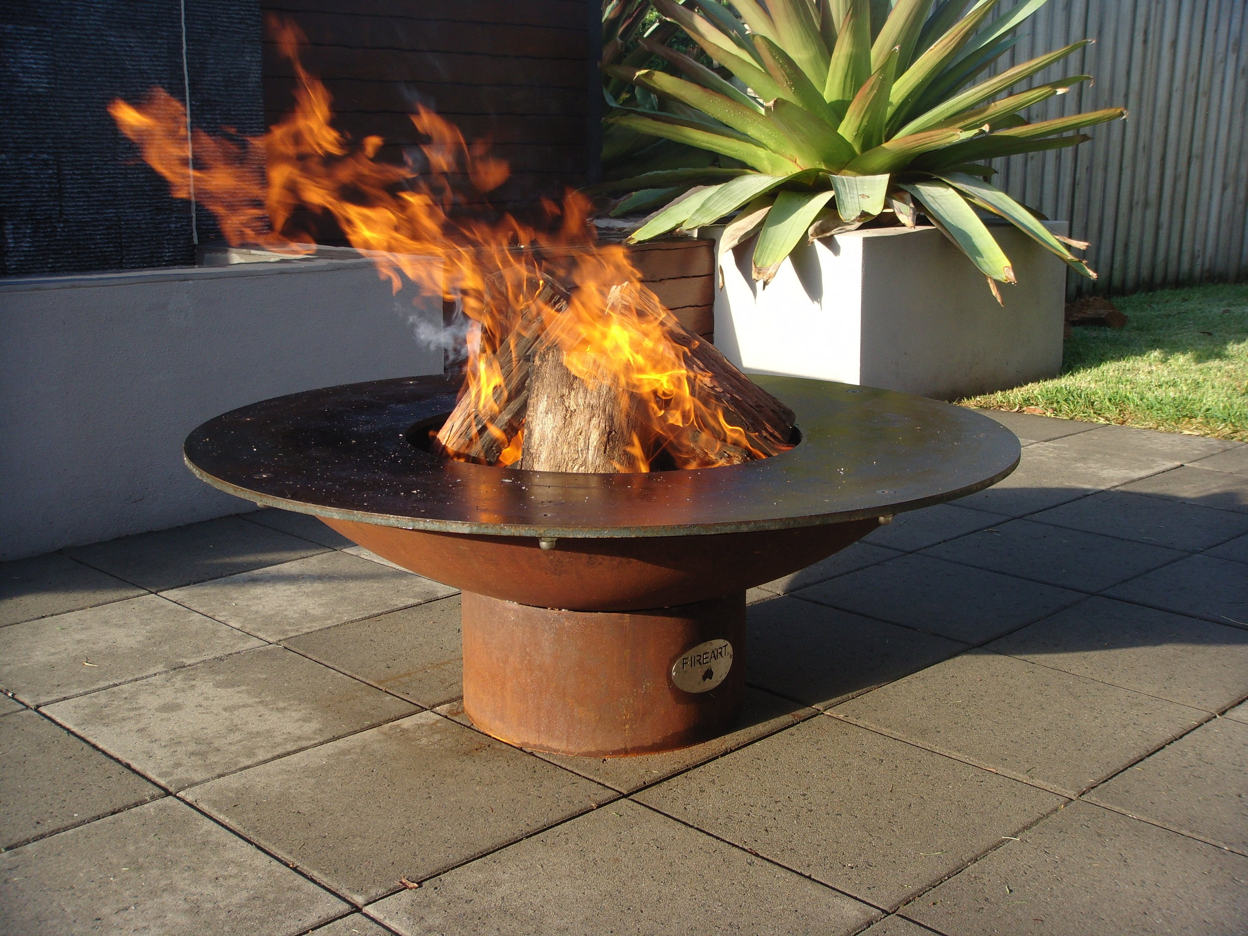 Fire Pits and Outdoor Heating -