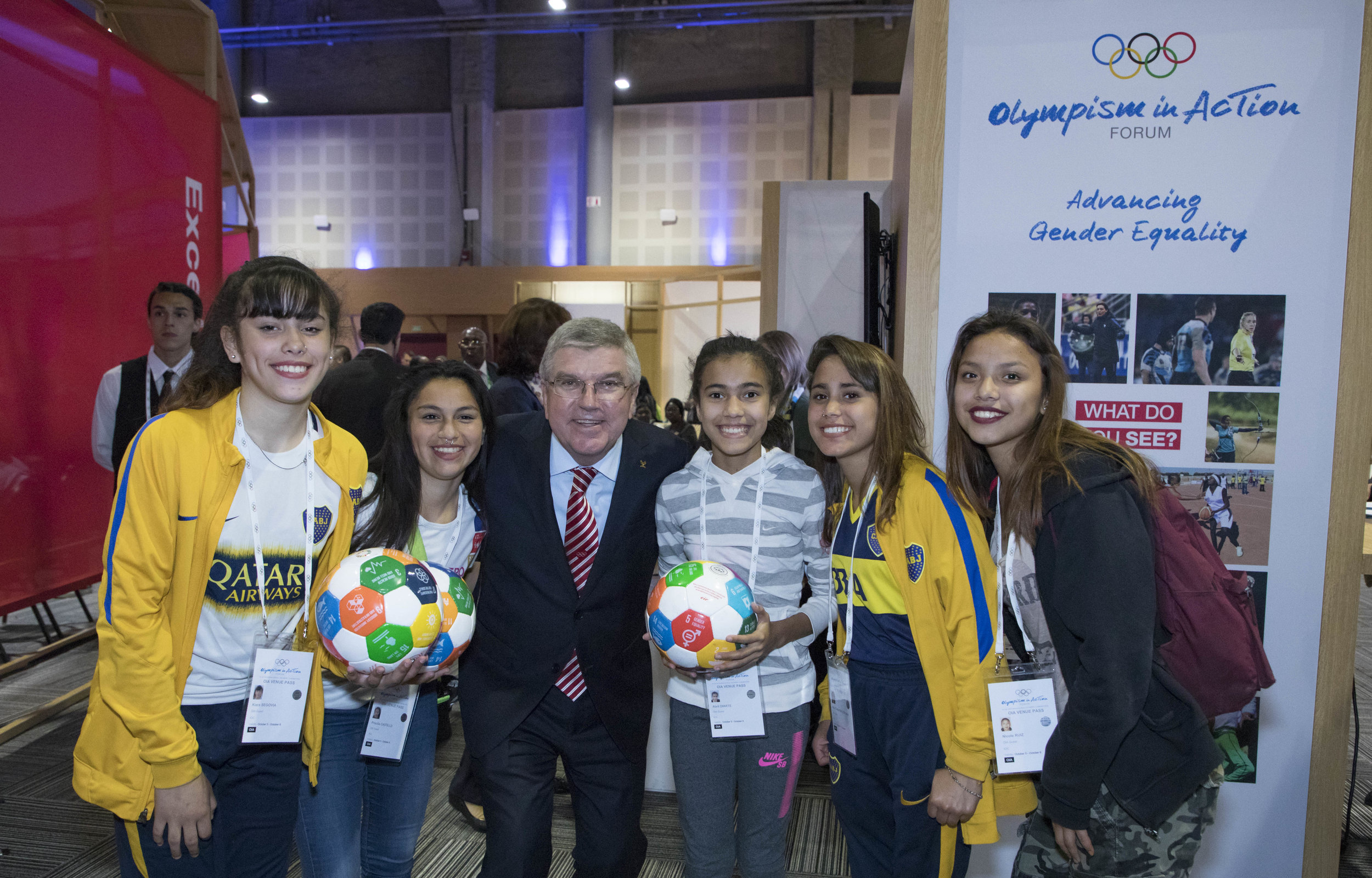 Presenting at the Youth Olympics  on October 5th. We was invited to present this idea together with some of the participating teams in connection with the Youth Olympics in Buenos Aires. Here players together with IOC president Thomas Bach.