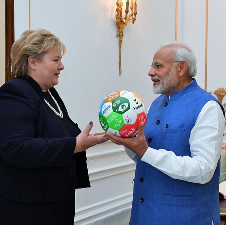 PM Solberg (NO) and PM Narendra Modi  (IN)