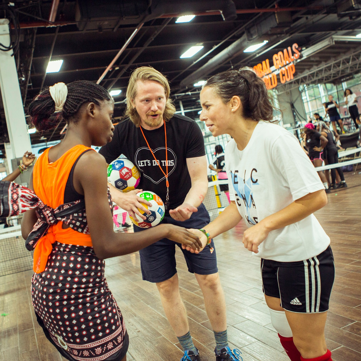 2017 GGWCup New York City - The Second Global Goals World Cup in NYC was played at the Brooklyn Expo Center with 24 teams!Opening speech by HRH Crown Princess Mary of Denmark, New Sonsors GANNI, Shamballa, Joe and the Juice, Cadilac & Muuto. Partnership with Global Citizen, UN Women and Women Deliver. Annie Lennox nominates a player for the SDG 5 Dream Team. Moving the Goalposts bring the trophy home to Kenya.