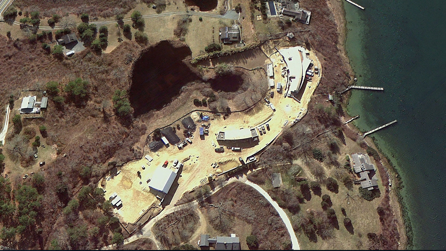 OBH_B&A_MV_Satellite_10_Zoia_House_During--Credit_Google_Earth.jpg