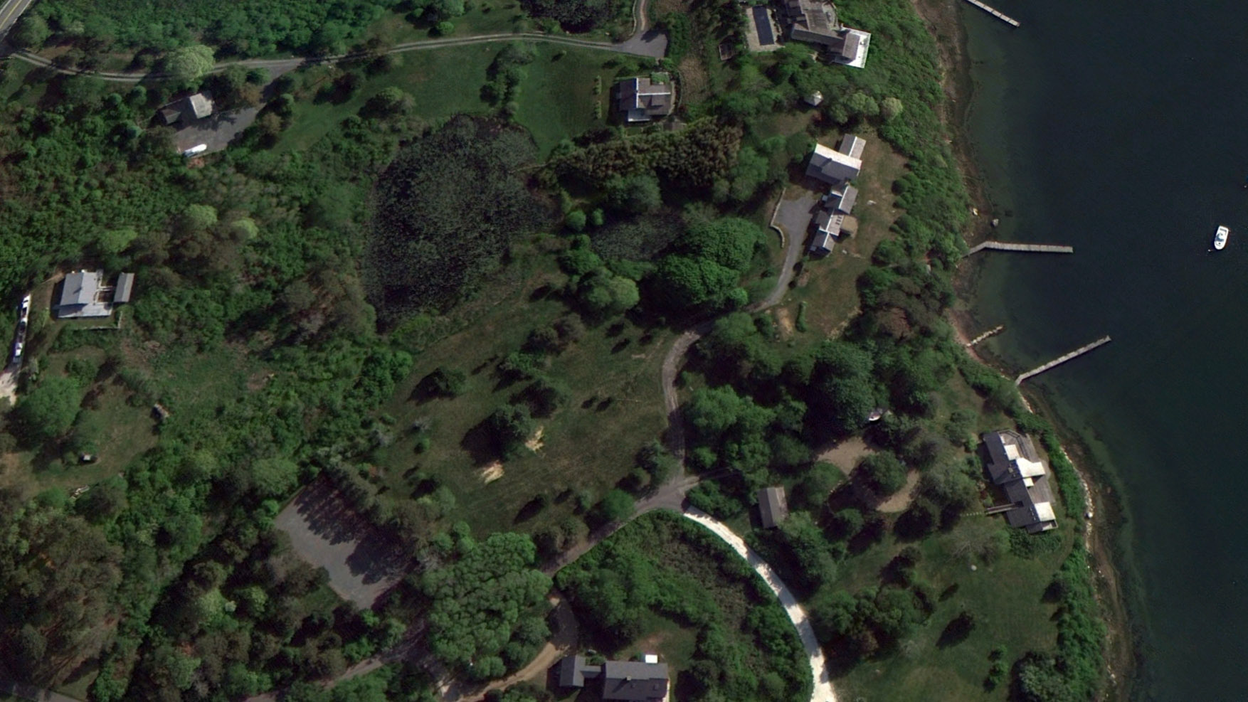 OBH_B&A_MV_Satellite_10_Zoia_House_Before--Credit_Google_Earth.jpg