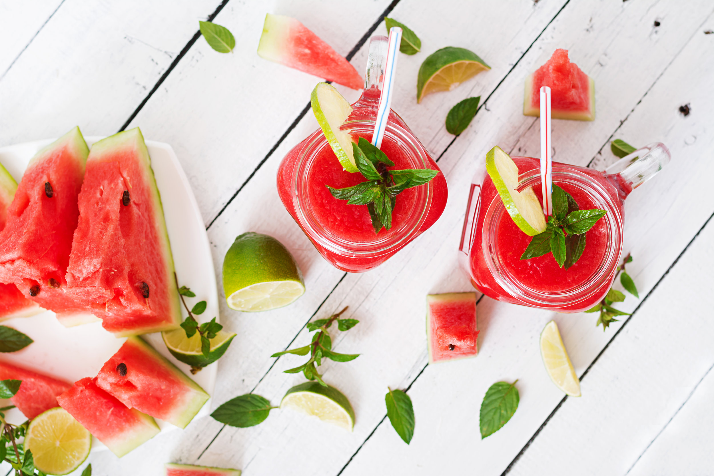 fresh-watermelon-smoothies-with-lime-and-mint-on-PNQ5UZJ.jpg