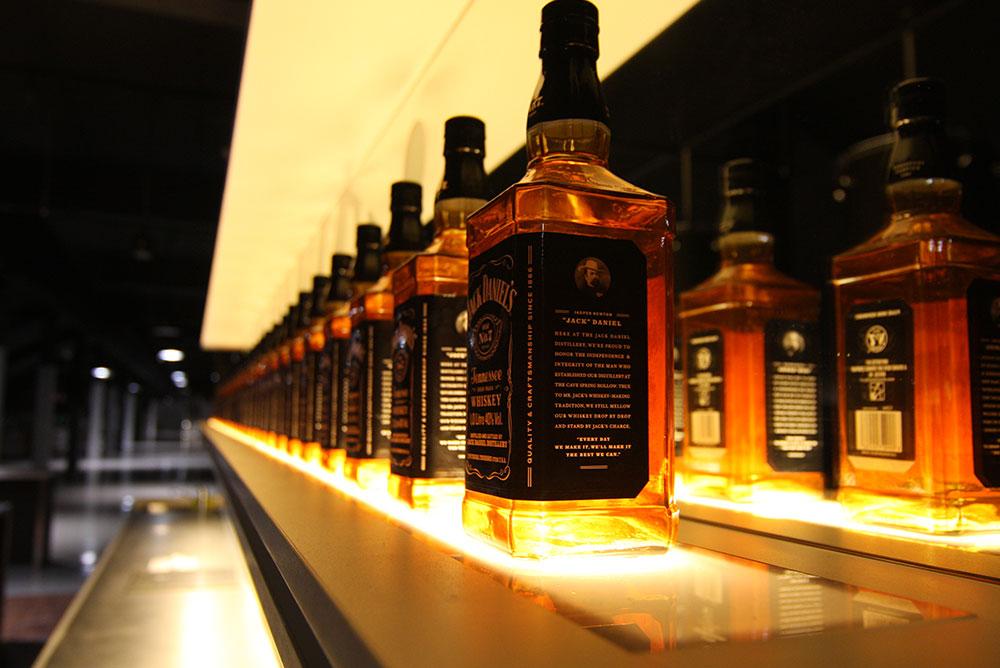 jack_daniels_lounge_07_whiskey_verlichting_bar_ziggodome_maaq