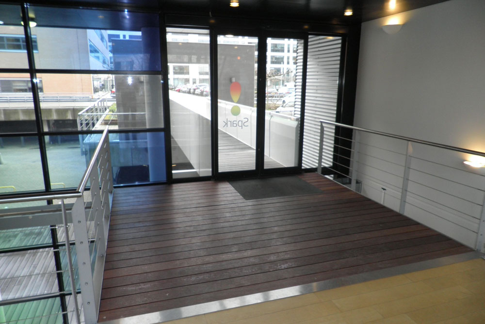 parkhouse_entree_loopbrug_08_verbouwing_maaq_design_build
