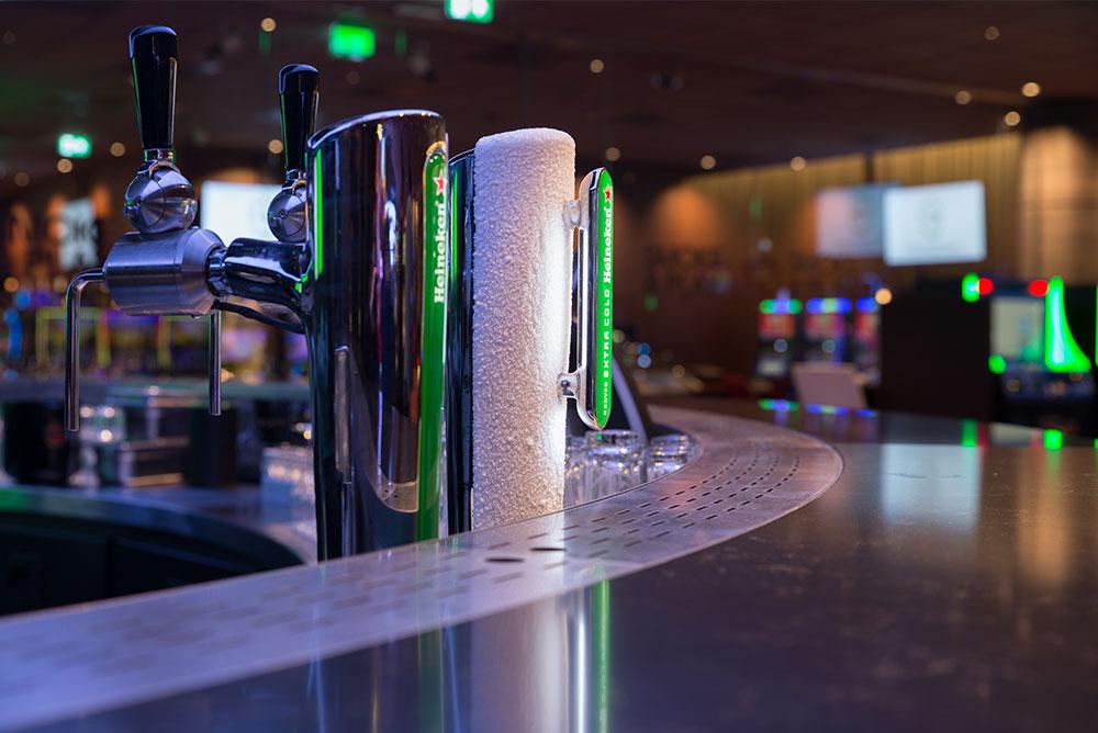 Holland_Casino_09_sportsbar_tap_heineken_maaq.jpg