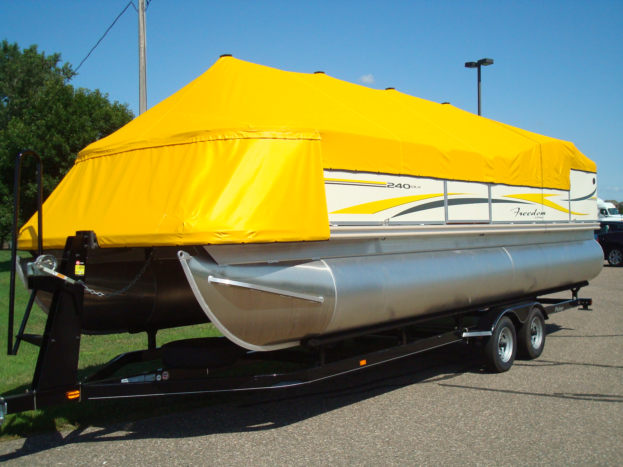 Custom Feature Pontoon Cover.JPG