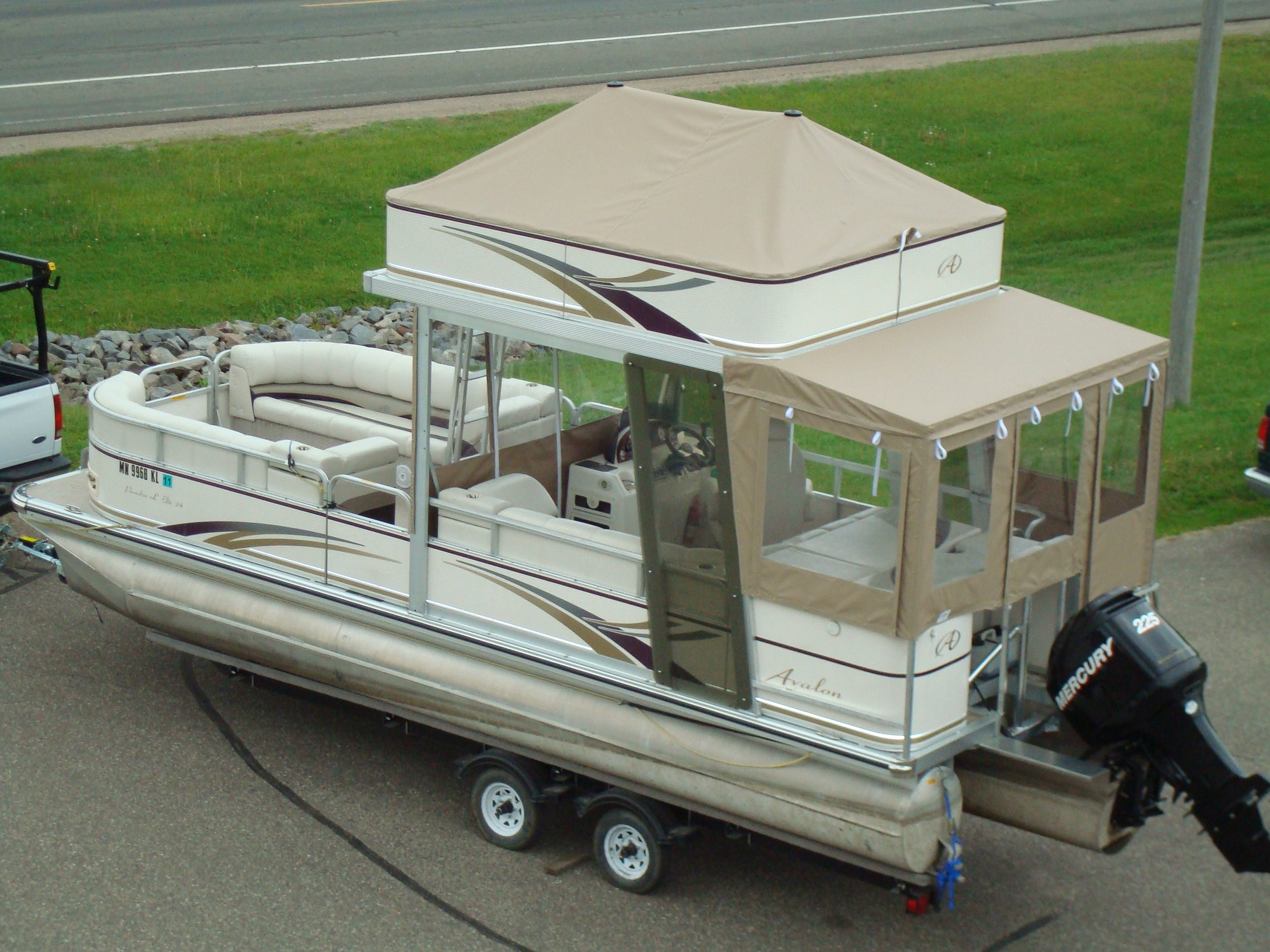 Tops Custom Pontoon.JPG