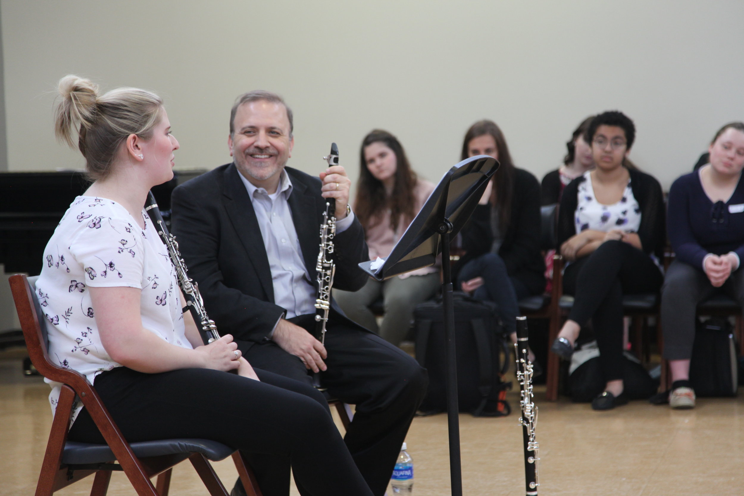 Robert Dilutis works with student Rachael Hendricks - MiniFest2018