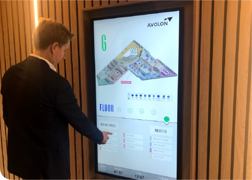 Digital Signage & Interactive Experiences -