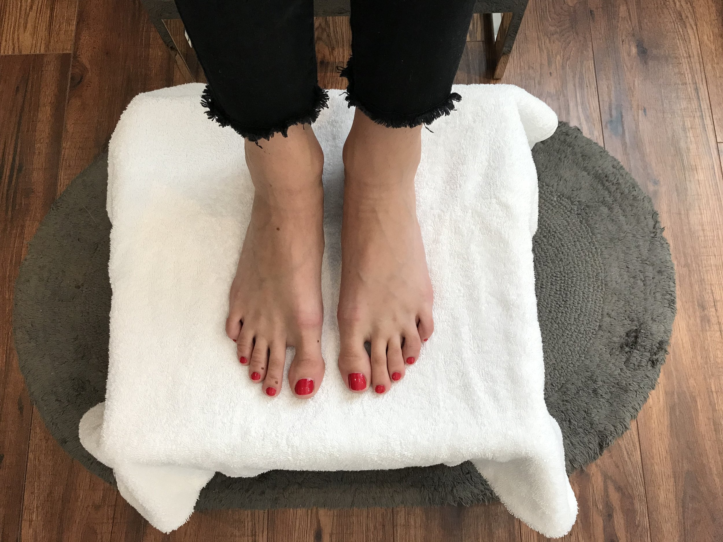 pedicure-home-spa.jpg