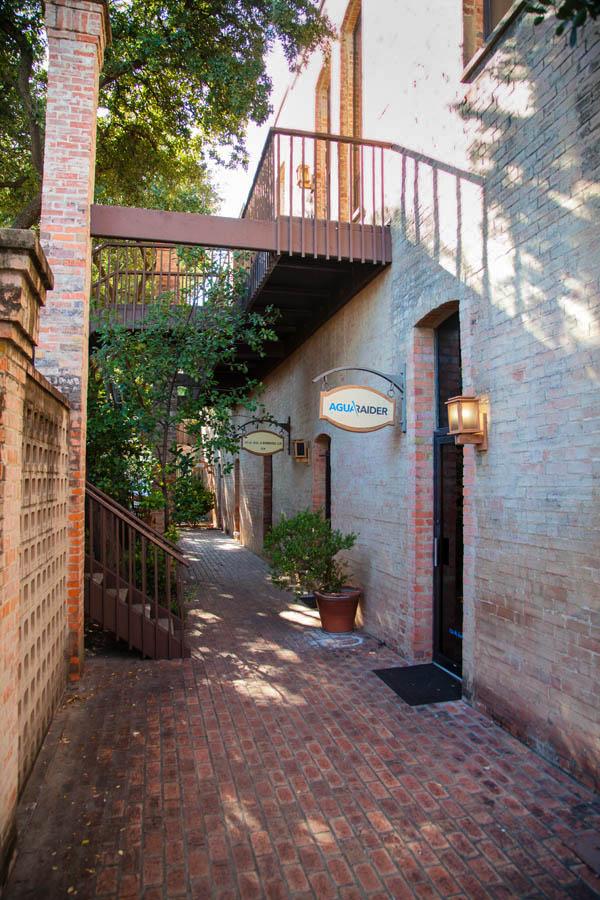 Courtyard of Atlas and Hall_MG_2607.jpg