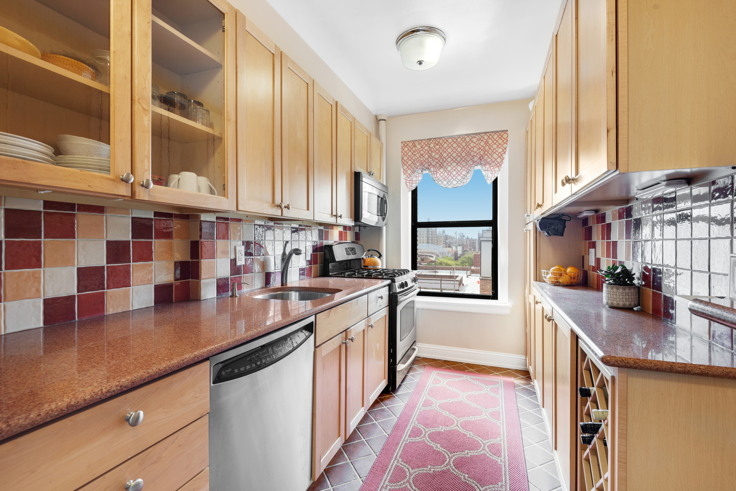 CSG_35_West_92nd_Street_9F_New_York_NY_Corcoran_-_Package_of_4_Property_Photos_2_20190521-104642.jpg