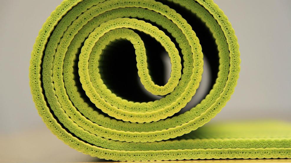 yoga-940359_1920.jpg