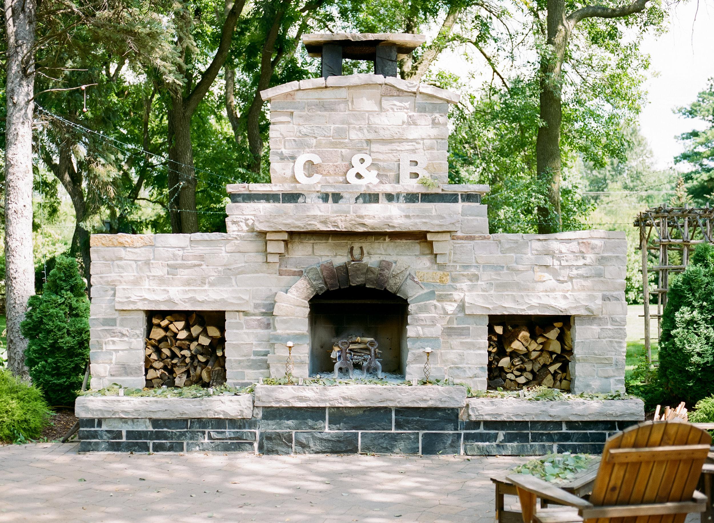 Venue:  The Gardens of Castle Rock