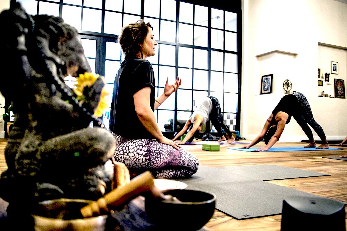 Sub Yogaseads   Scheveningen