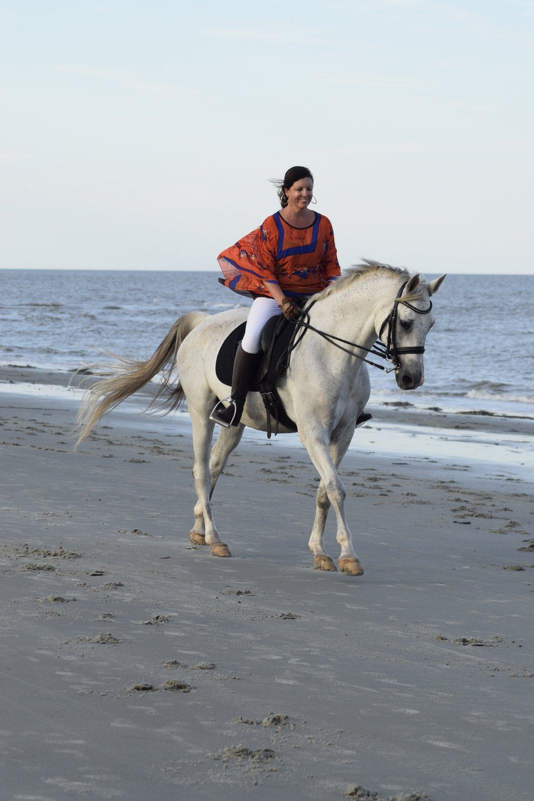 horse trainging beach 052.JPG