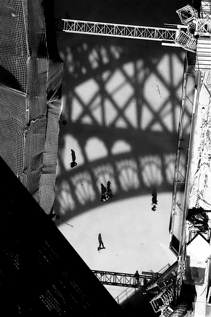 """""""Eiffel Reflections"""" by Lynn Cates"""
