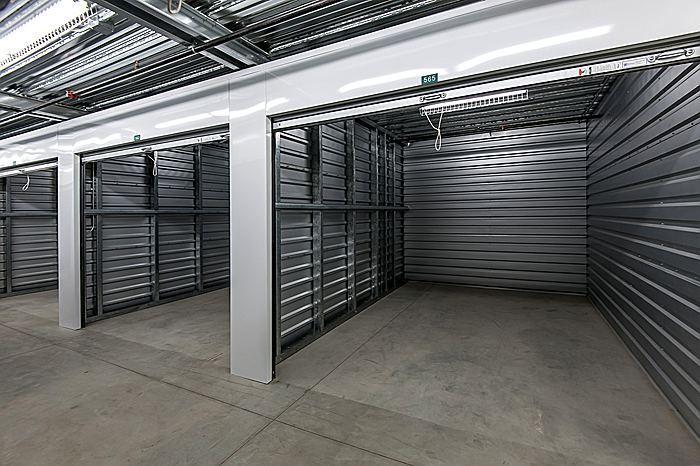 storageinteriorb_700.jpg