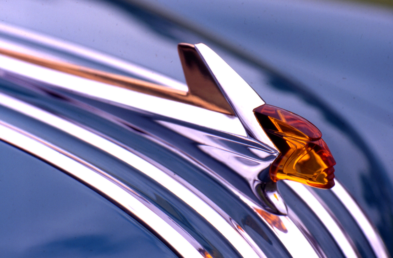 ss-cars-pontiac_hood.jpg