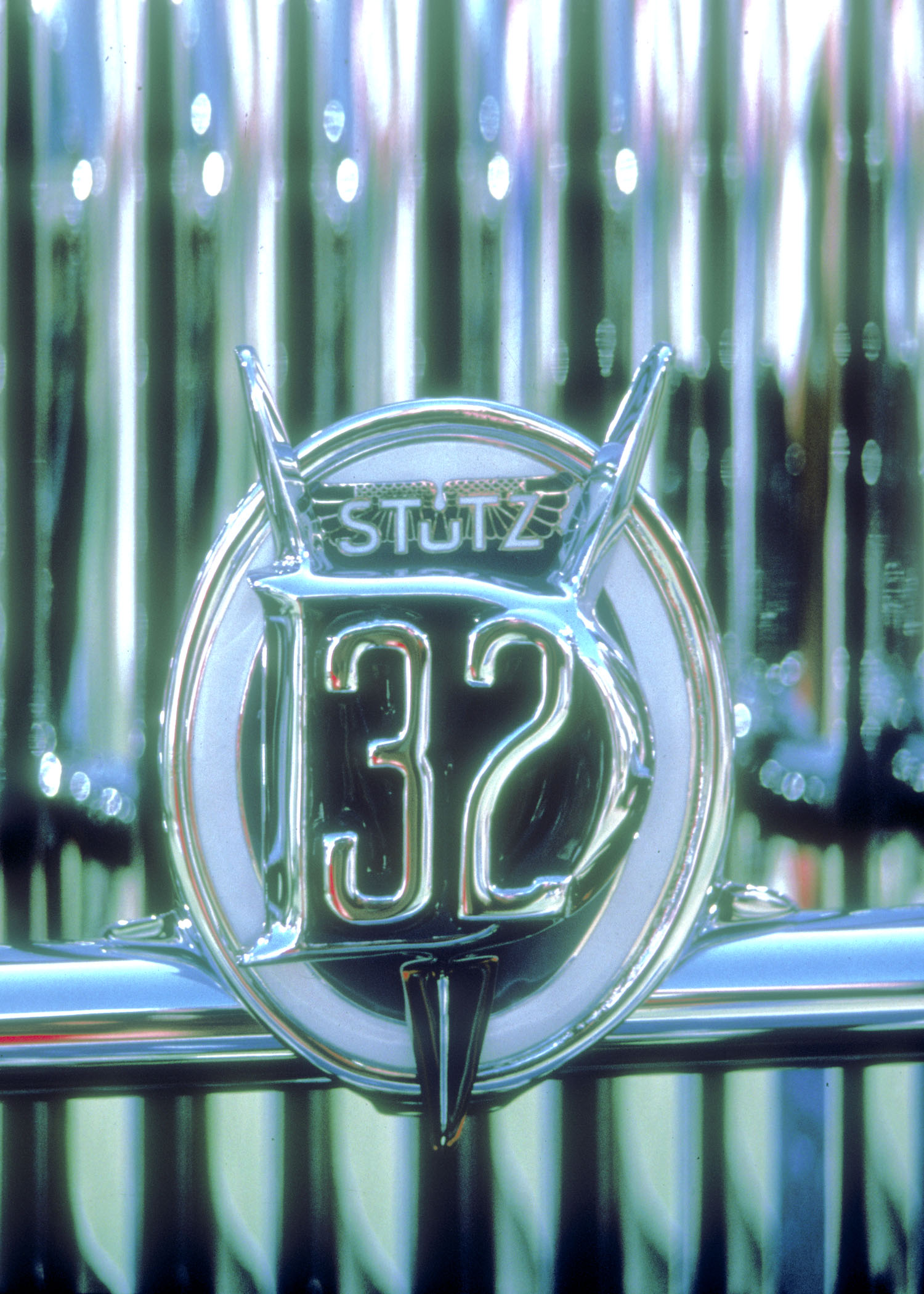 ss-cars-stutz_badge.jpg