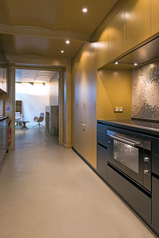 .... La cuisine, surface 13m2. .. The kitchen, surface 13sqm. ....