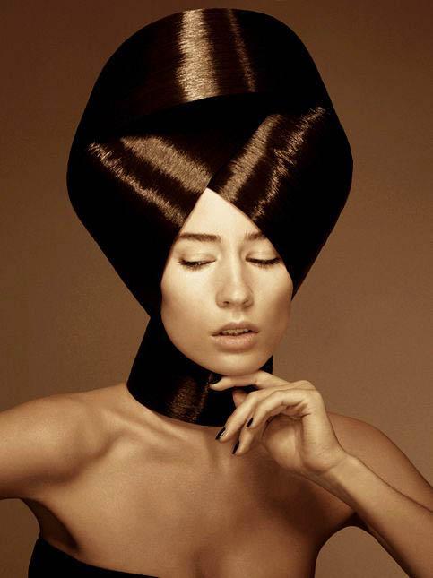 nicolas-jurnjack-coiffure-de-paris-l'eclaireur-des-coiffeurs-bi-blond-magazine-09.jpg