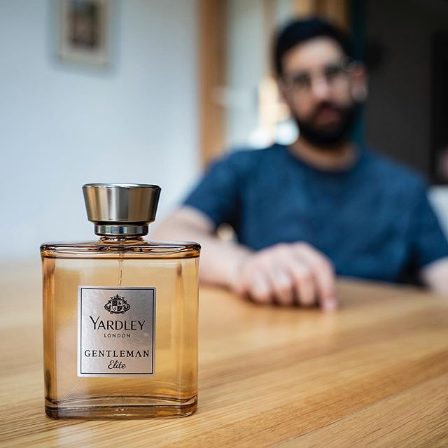 AD | Yardley London Elite. Designed for the influential man with class and elegance. @yardleylondonuk  #yardleylondon #fragrance #aftershave #elite ————————————————— #lfwm #lfw #dapper #grooming #menwithstyle #streetstyle #style #sartorial #gentlemen #attire #outfit #thursday #bankholidayweekend #sikh #indian #stylish #lifestyle #bankholiday #bokeh #photography #menwithclass