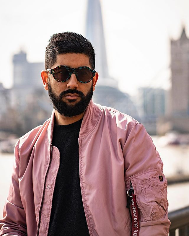 Happy Easter Sunday to you all! Tap for details. Photography @antonjwelcome  Edit @styleandstylus  #eastersunday #easter #bankholiday #sunday ————————————————— #lfwm #lfw #dapper #pink #menwithstyle #streetstyle #style #sartorial #gentlemen #attire #outfit #sundayfunday #london #sikh #indian #stylish #lifestyle #alphaindustries #bomberjacket #bokeh #photography #menwithclass