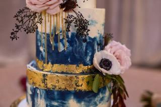 Blue Marble Buttercream Cake