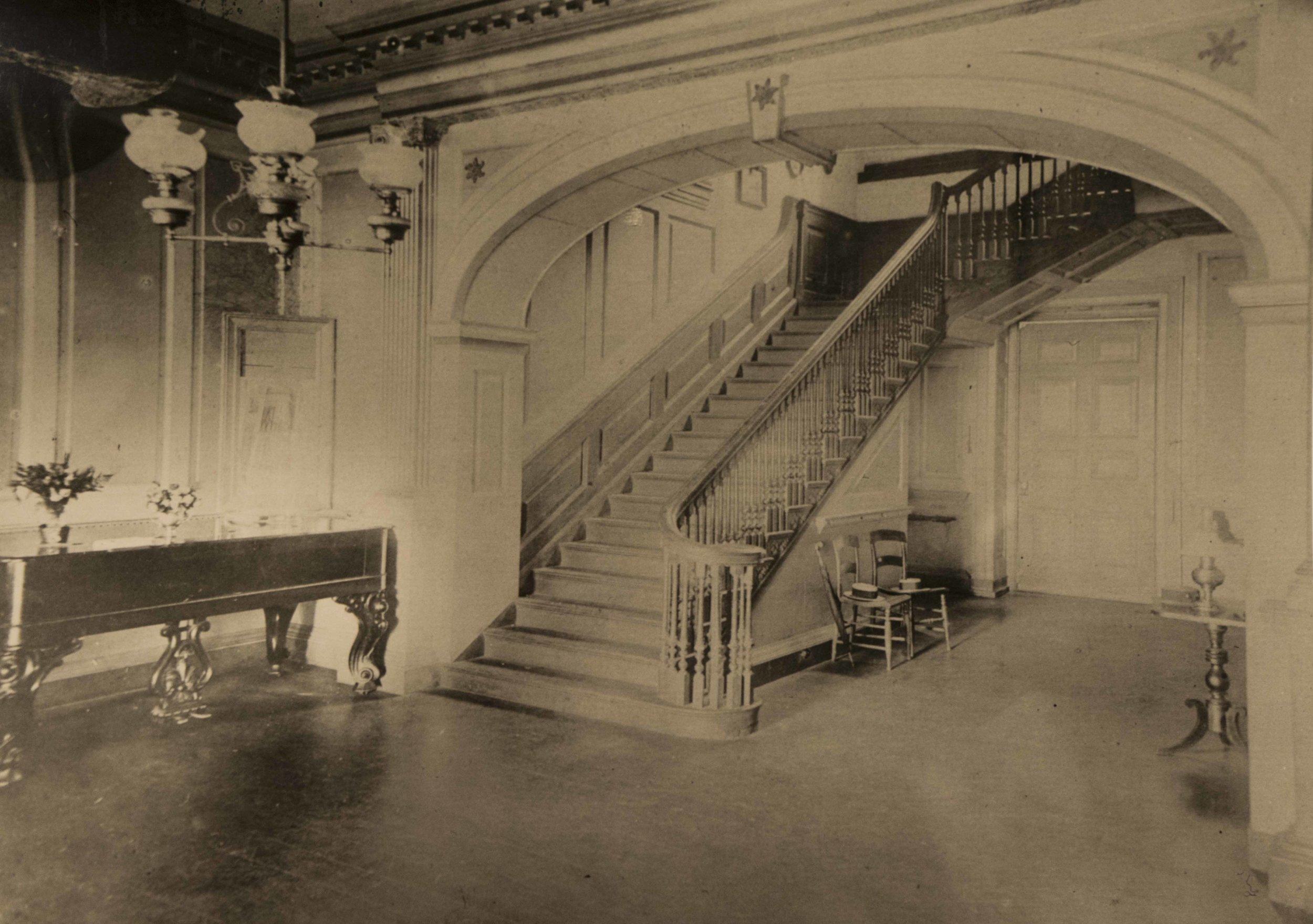 22 CG Staircase 1890.jpg