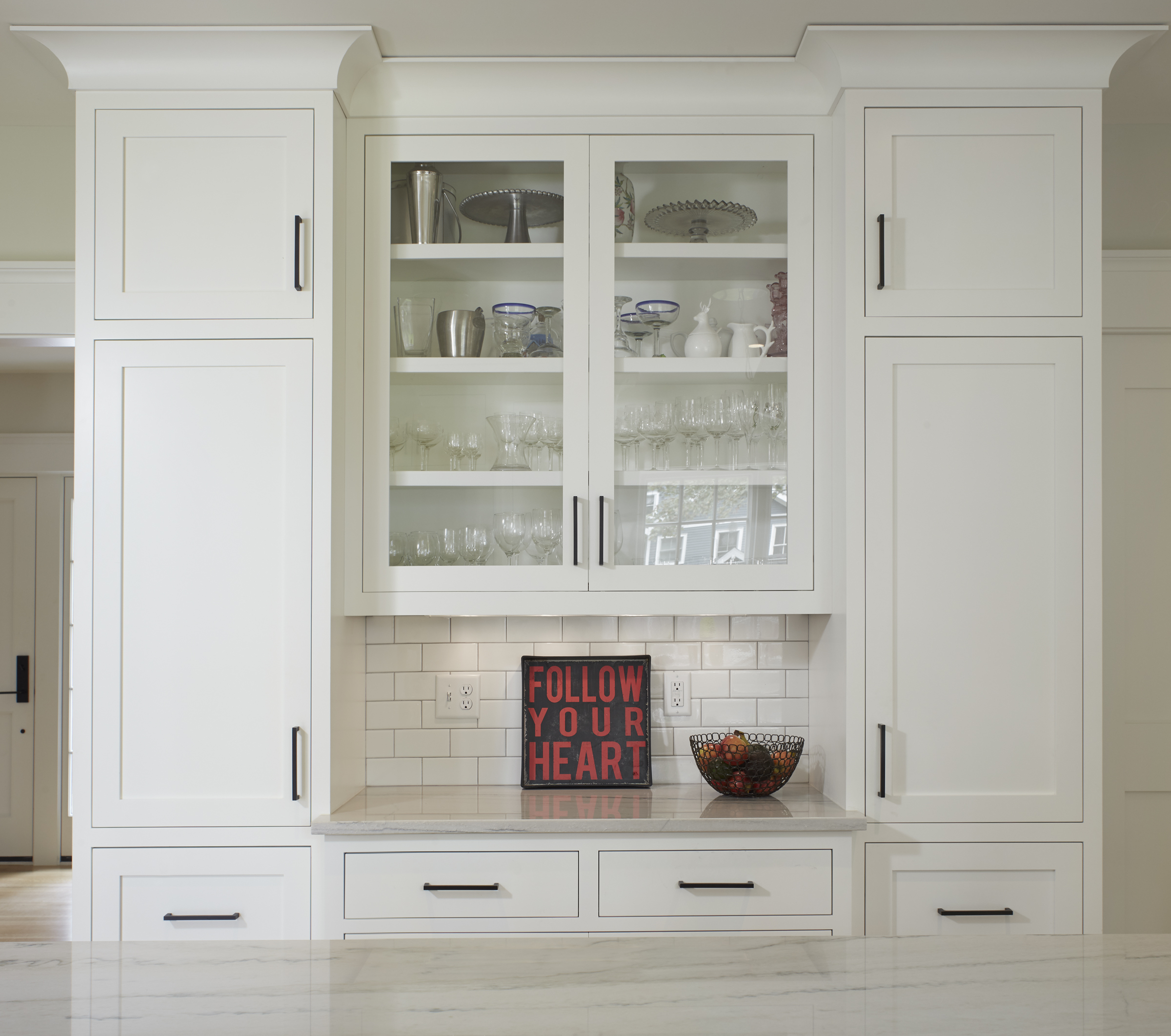 white_inlay_cabinetry.jpg