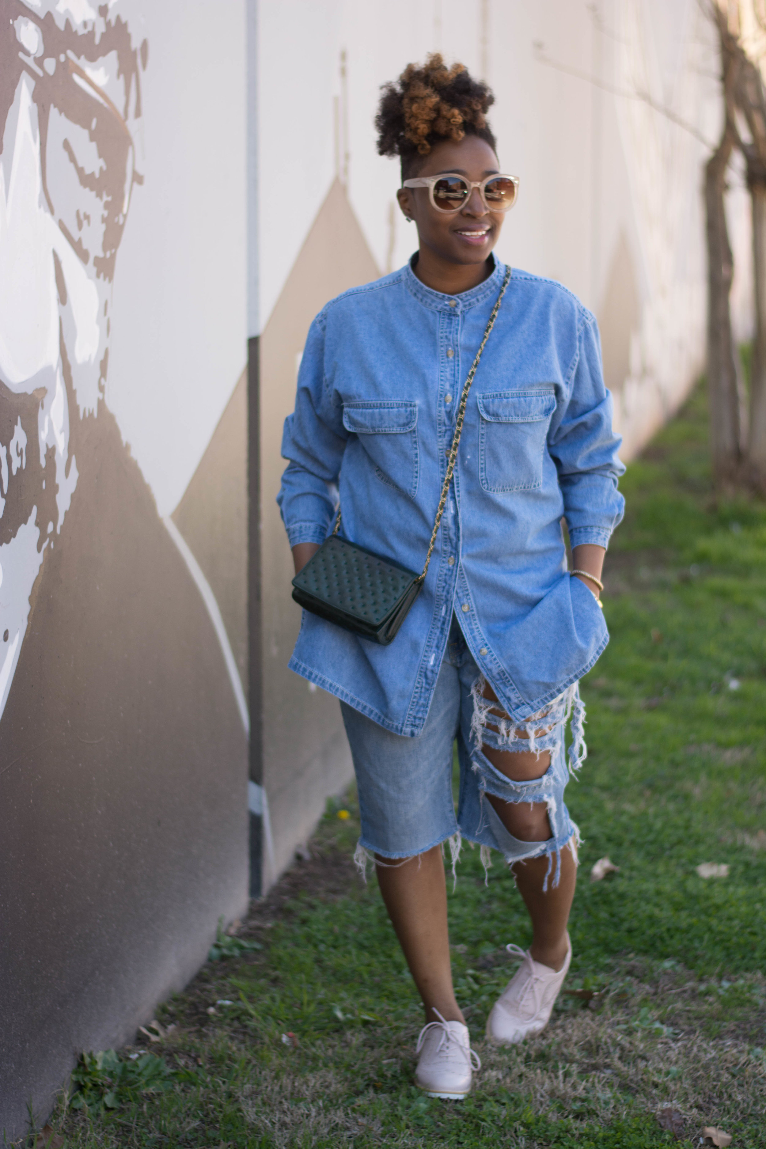 The Style Klazit, Melodie Stewart, Atlanta Style blogger, Denim on Denim, Justfab blush oxford, Atlanta StreetStyle