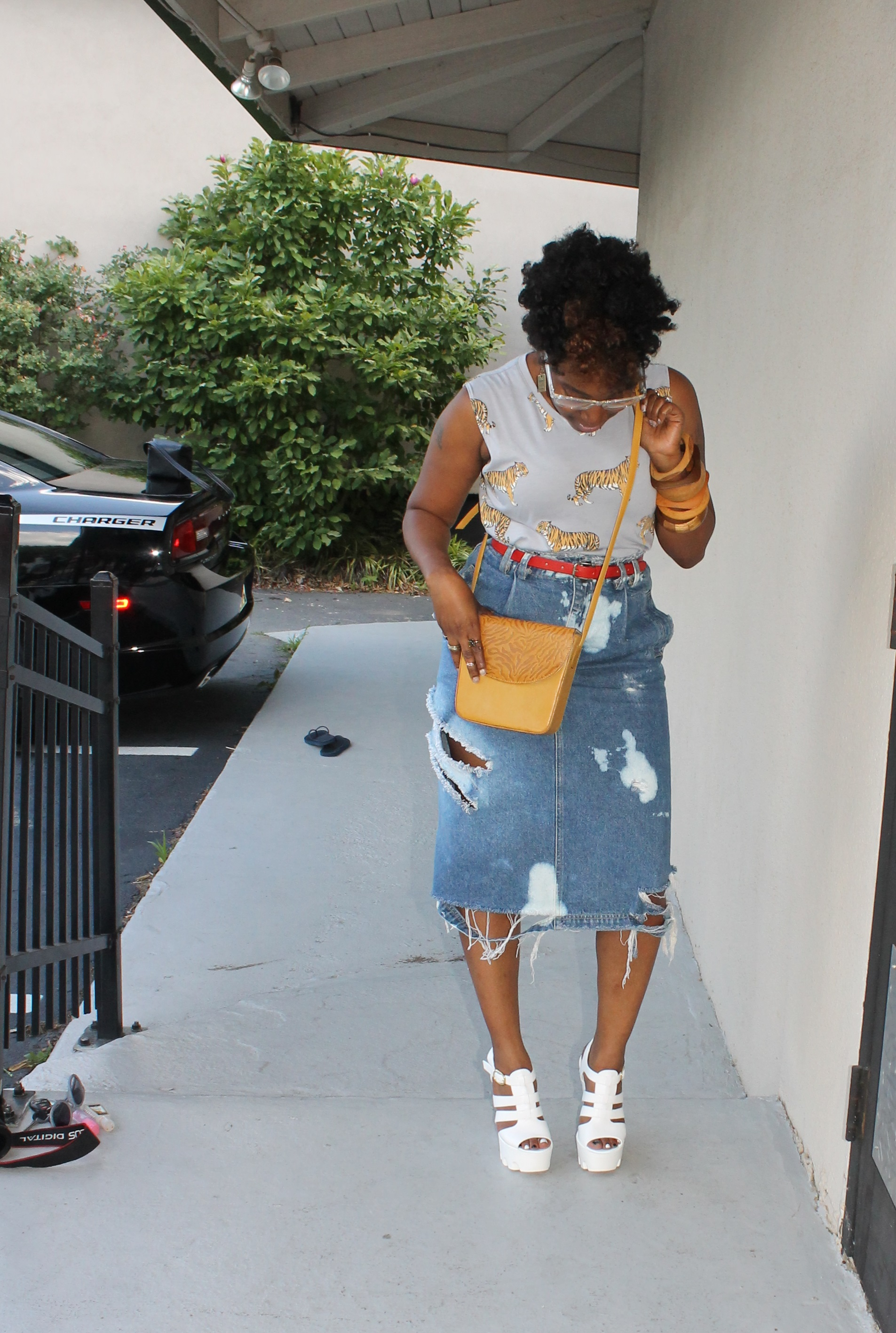 Melodie Stewart, The Style Klazit, Distressed Skirt, Atlanta style blogger, Atlanta street style