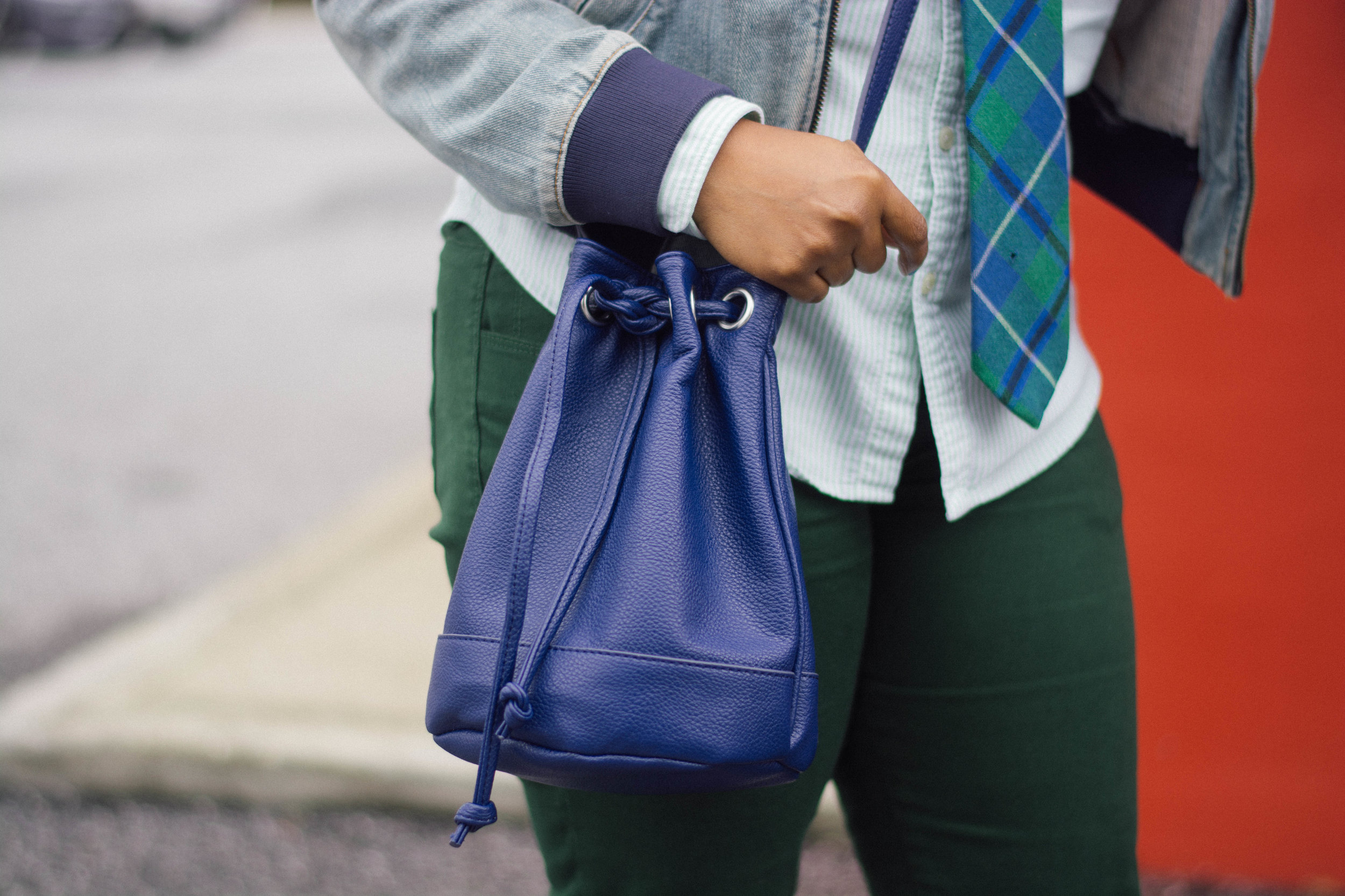 Melodie Stewart, The Style Klazit, Atlanta style blogger, JustFab bucket bag, menswear, mens inspo