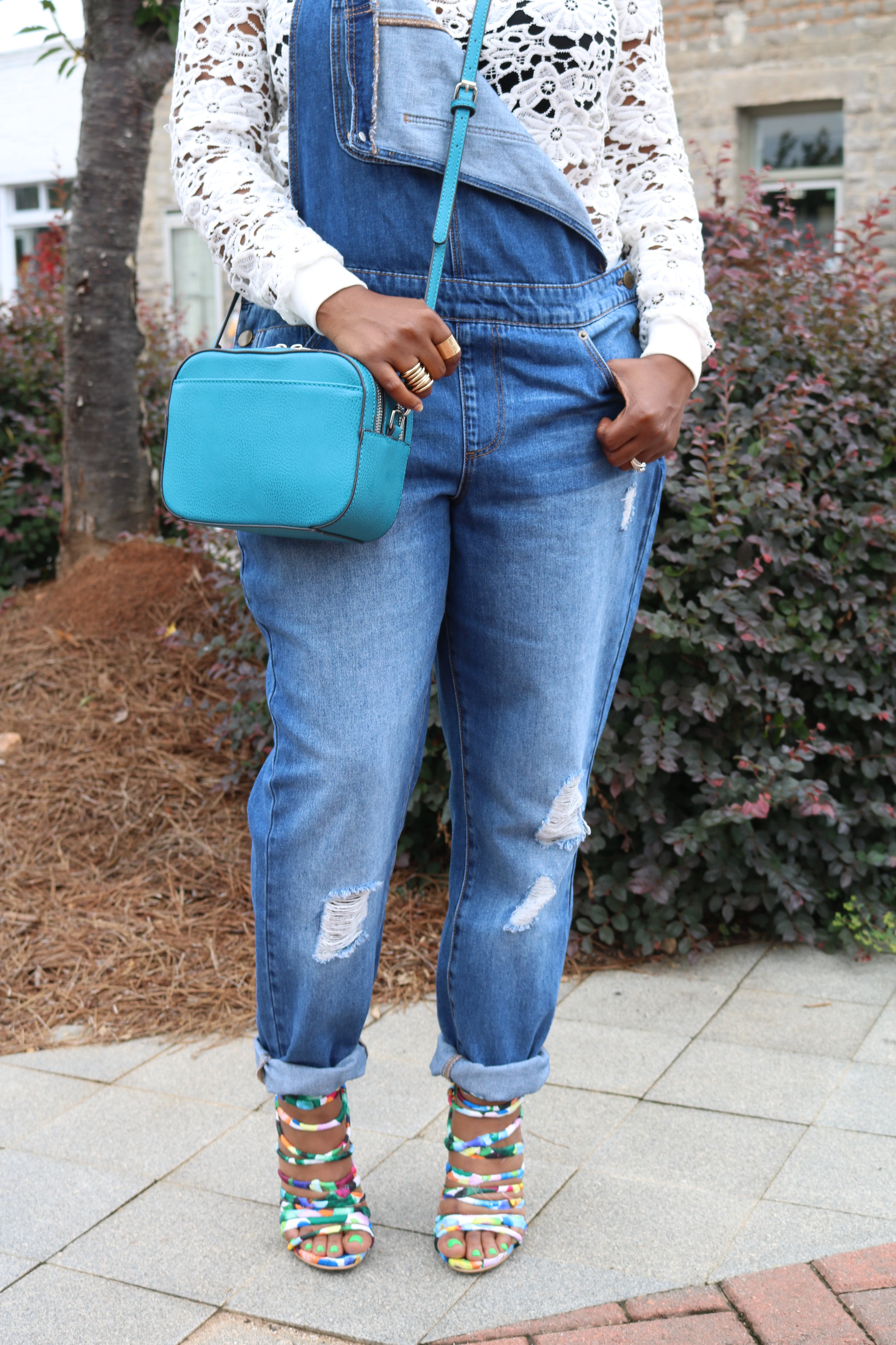 Melodie Stewart, The Style Klazit, Atlanta style blogger, Overalls streetstyle, JustFab