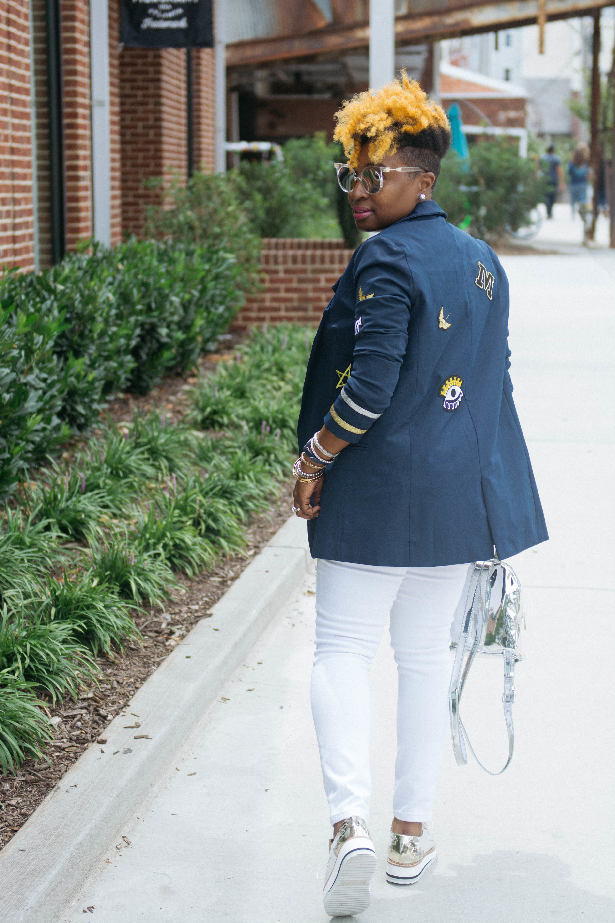 White distressed jeans, white after labor day, zara silver oxfords, atlanta style blogger
