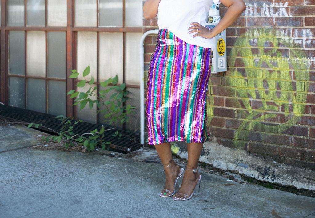 Sequin skirt street style_9.jpg