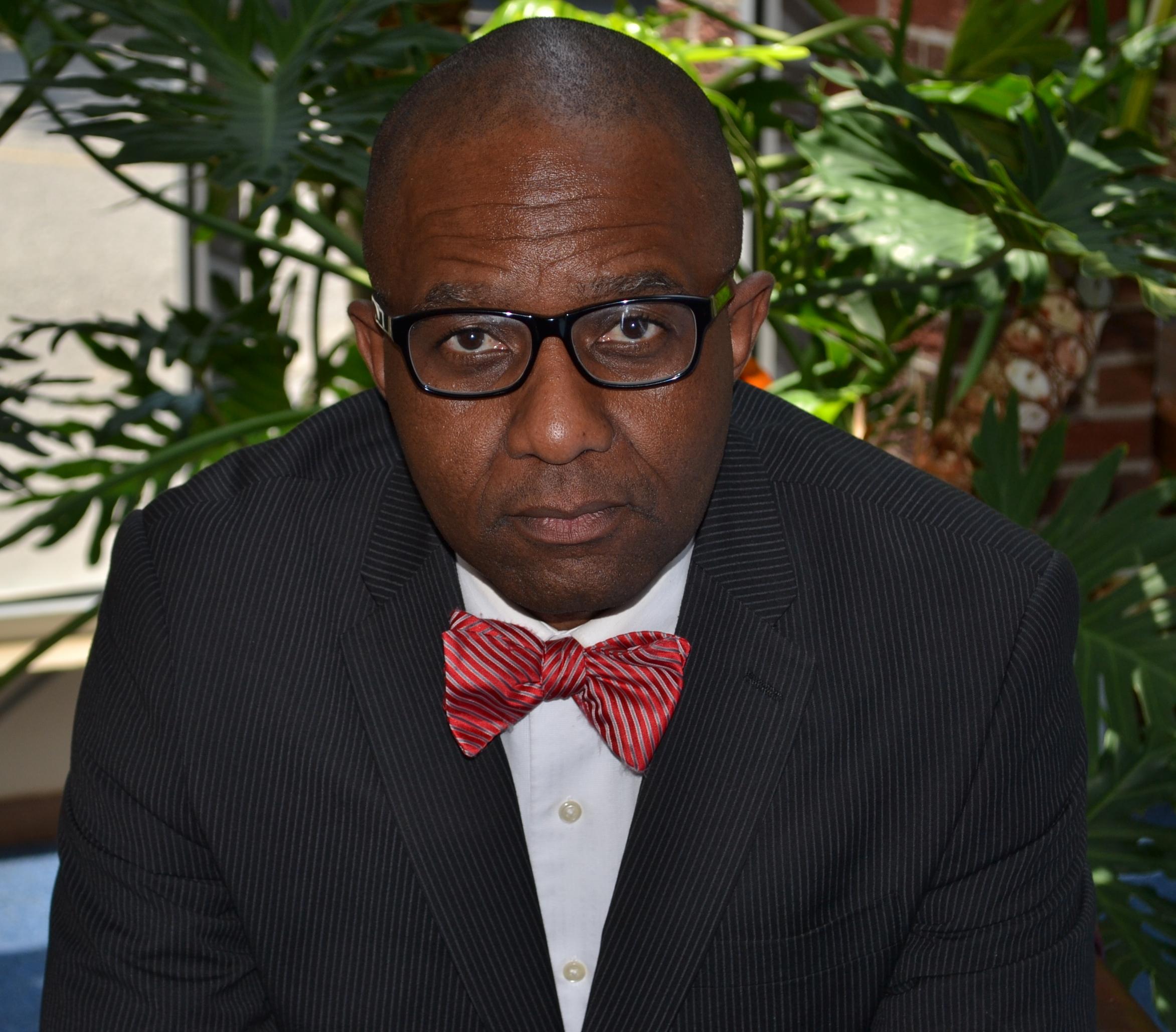 Pastor Ray BioPhoto1.jpg