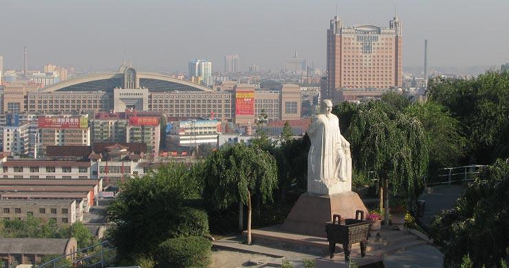 中国乌鲁木齐的华凌大饭店及会议中心全貌