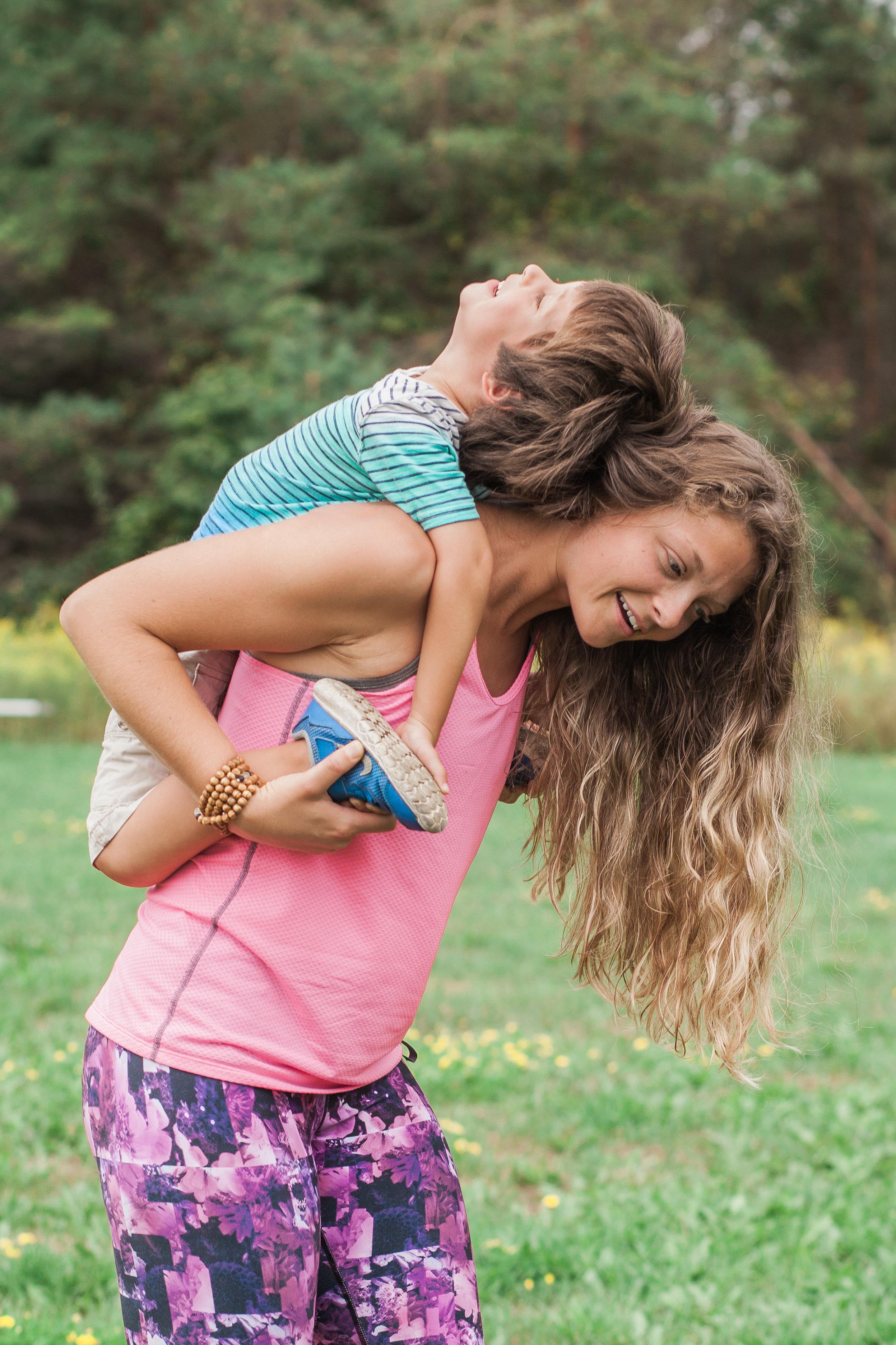 sara yoga-0038.jpg