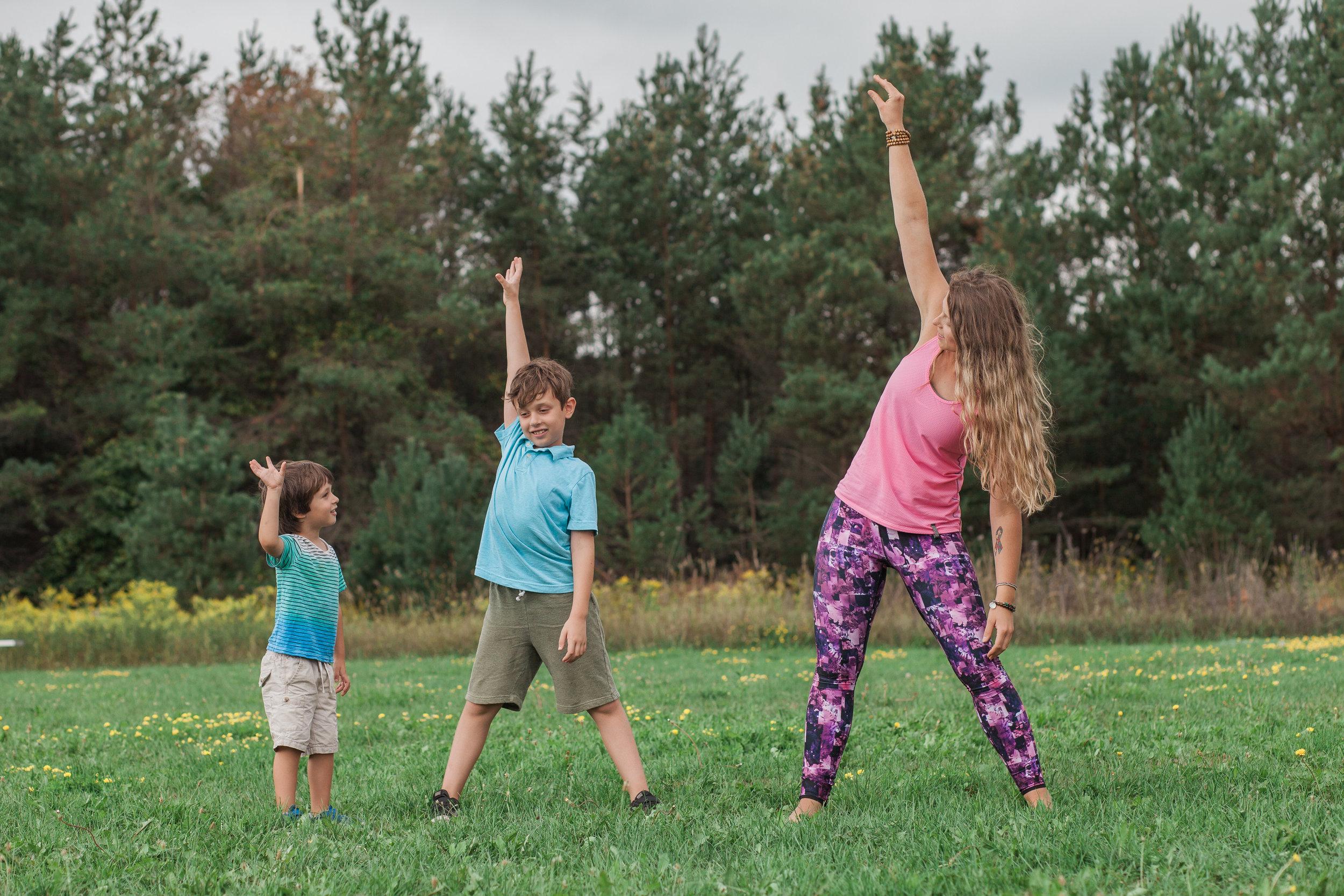 sara yoga-0028.jpg