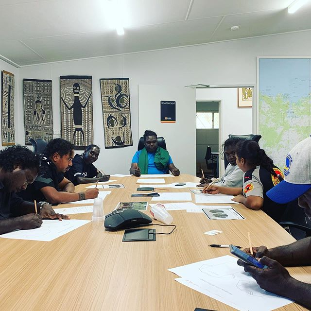 Our Future Leaders hard at work designing ✏️ a new shirt 👕 for our Culture programs. Next week our crew will complete their Governance Training and attend a Board Meeting. #rirratjingu #indigenous #futureleaders